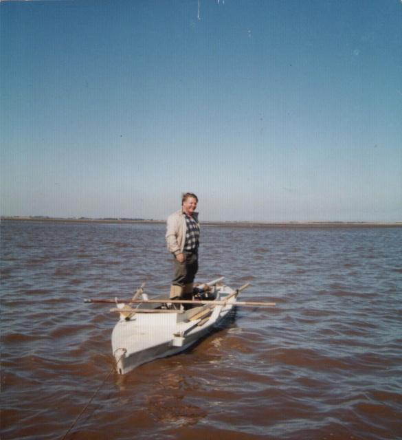 Humber estuary 1989, waiting tides return (Spurn head in background)